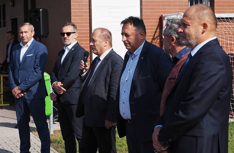 FOTBALOVÁ AKADEMIE v Hradci Králové slavnostně zahájila svoji činnost.