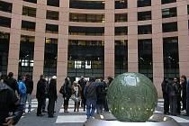 Evropský parlament je něco jiného, než Rada Evropy. A Evropský soud pro lidská práva je zase další úplně jiný úřad. To vše se návštěvník stránek dozví i bez návštěvy Strassburku.