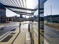 Autobusový terminál v Novém Bydžově.