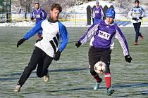 Fotbalisté Náchoda si na úvod zápasové praxe střihli modelový zápas A mužstva s béčkem, který skončil vítězstvím favorita 2:0.