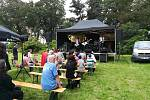 Davy lidí přišly v sobotu na Smetanovo nábřeží v Hradci Králové.
