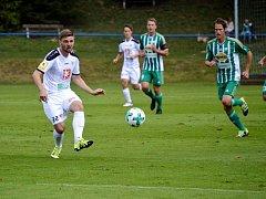 Forvard Ondřej Kotlík je v Hradci na testech z týmu Opavy. V první přípravě si zahrál v zápase proti pražským Bohemians.