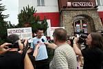 Protest proti zbourání vily Aničky.