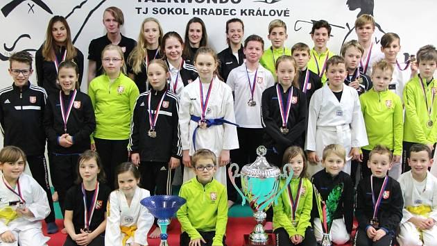 Taekwondisté TJ Sokol Hradec Králové.