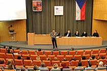 Volba děkana Pedagogické fakulty Univerzity Hradec Králové.