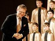 Koncert 5. prosince v hradecké Filharmonii byl prvním, na kterém se Český chlapecký sbor představil domácímu publiku.
