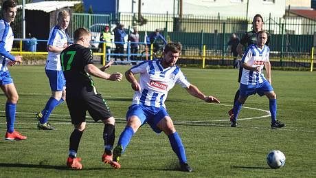 Fotbalisté z Týniště nad Orlicí v Náchodě potvrdili roli favorita.