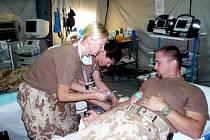 Zdravotníci v silách ISAF v Afghánistánu darovali krev