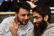 Je Islám hrozbou pro Českou republiku? Takový byl název diskuse, která se uskutečnila na hradecké univerzitě v rámci studentského projektu Masarykovy debaty.