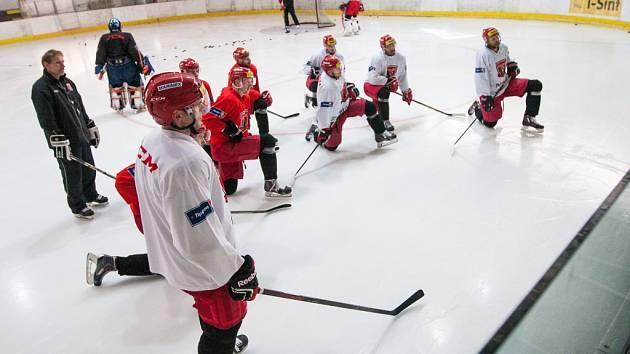 Trénink hokejistů Hradce Králové.