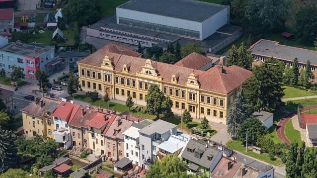 Škola v Kuklenách.