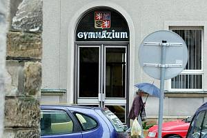 Gymnázium v Novém Bydžově.