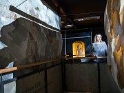 Výstava Včelí dům v labyrintu hradeckého Divadla Drak.