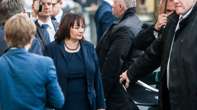 První dáma Ivana Zemanová při prezidentské návštěvě v Královéhradeckém kraji.