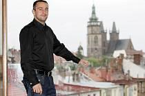 Třetí ročník soutěže Nápad roku přinesl úspěch mladému hradeckému podnikateli Štěpánu Bartyzalovi. Klání podnikatelských nápadů vyhrál.