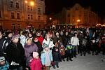 Česko zpívá koledy - Masarykovo náměstí v Hradci Králové.