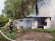 Požár zahradního domku v Třebechovicích pod Orebem.