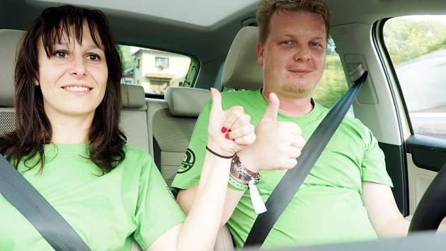 Jane Hornová a Petr Vaňous při závodu Škoda Economy Run.