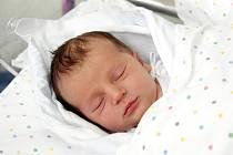 Jakub Kratochvíl přišel na svět 8. března v 8.13 hodin. Po narození měřil 51 centimetr a vážil 3540 gramů. Se svými rodiči Martinou a Radimem Kratochvílovými bydlí v Hradci Králové.
