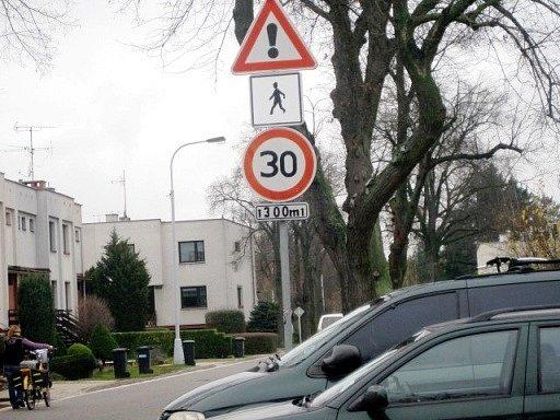 Omezení rychlosti.