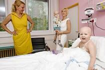 Vendula Svobodová na dětské onkologii hradeckén fakultní nemocnice.