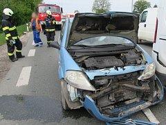 Dopravní nehoda na výpadovce z Hradce do Třebechovic.