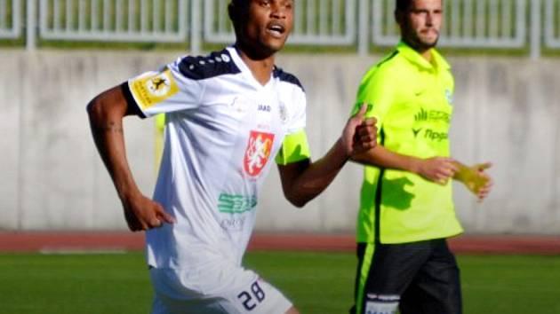 Wesley da Silva (v bílém).