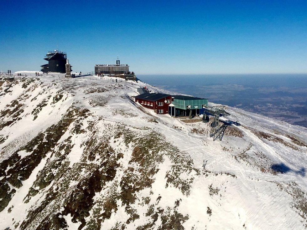 Zásah vrtulníku záchranářů na Sněžce.