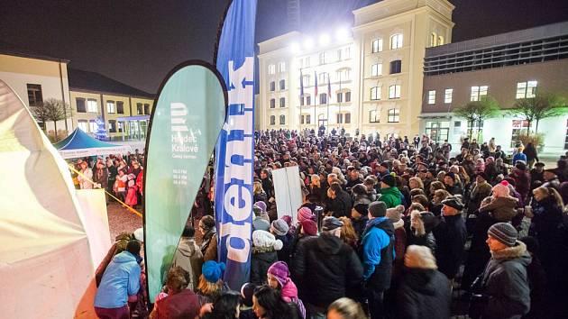 Česko zpívá koledy - Pivovarské náměstí, Hradec Králové (10. 12. 2014).
