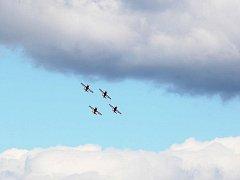 CIAF: Přílet jordánské letky na hradecké letiště.