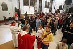 Děti z hradeckých církevních škol dostaly k začátku školy požehnání v kostele Nanebevzetí Panny Marie a v katedrále sv. Ducha.
