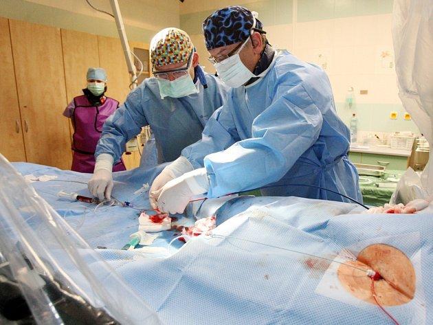 Video hradecké a jičínské nemocnice má pomoci pacientům po infarktu a operacích. Ilustrační fotografie.