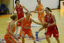 Basketbal žen: Sokol Hradec Králové - VŠ Praha.