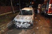 Požár aut v Měníku