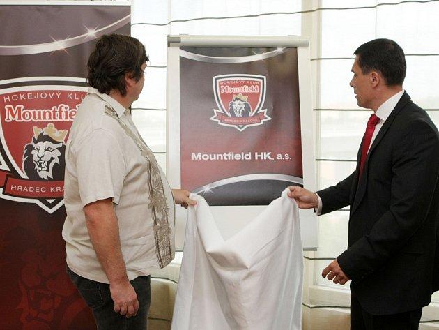 Tisková konference hokejového klubu Mountfield HK.