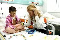 Nadace Kapka naděje na hemato-onkologickém oddělení Dětské kliniky královéhradecké fakultní nemocnice.