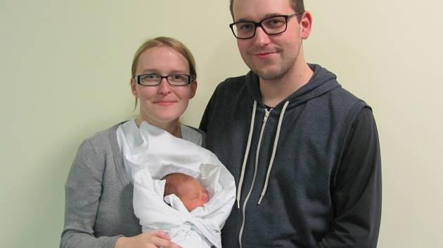 MICHAL VILÍMEK se narodil 28. listopadu ve 12.41 hodin. Měřila 47 cm a vážila 2660 g. Svým příchodem na svět udělal  velkou radost rodičům Aleně Dostálové a Michalu Vilímkovi z Týniště nad Orlicí.