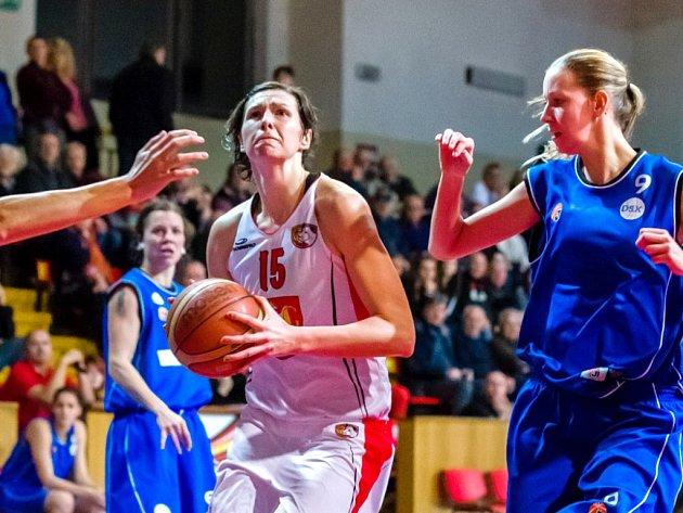 Michala Hartigová (v bílém).