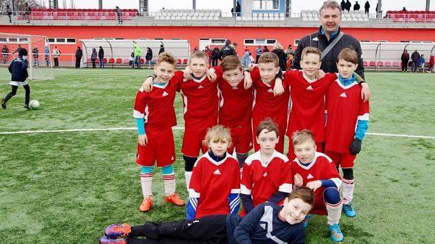 Vítězný tým - hráči FK Chlumec nad Cidlinou.