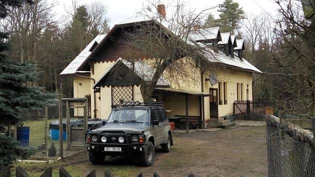 Hájovna U Dvou šraňků v hradeckých městských lesích.