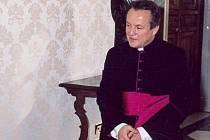 Biskup Jan Vokál.