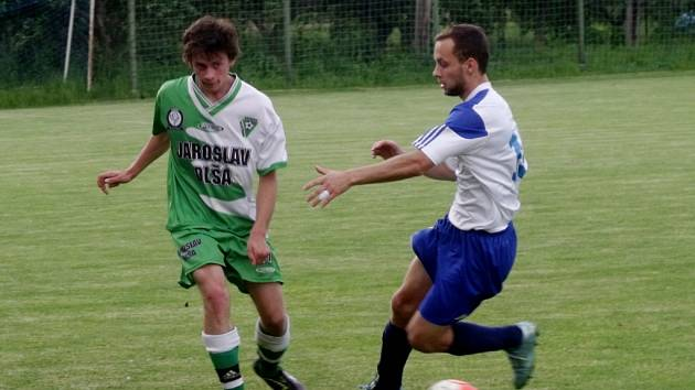 Krajská fotbalová I. B třída, skupina E: TJ Lokomotiva Hradec Králové - Tatran Hostinné.