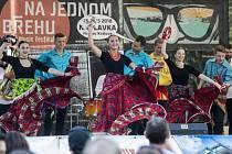 Balkánské rytmy přivezl na festival Na jednom břehu Balkansambel.