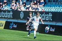 HRADECKÝ KAPITÁN Adam Vlkanova byl mimo jiné u klíčového okamžiku zápasu v Českých Budějovicích, když nahrál na vítězný gól Danielu Vašulínovi. Votroci díky tomu mohli na jihu Čech slavit cenný tříbodový zisk a v tabulce poskočili na 8. místo.