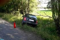 Dopravní nehoda dvou osobních vozidel obcemi Stračov a Pšánky.