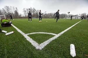 Trénink fotbalistů FC Hradec Králové v rámci zimní přípravy.