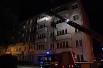 12. května před půlnocí hořelo v panelovém domu v Severní ulici na Slezském Předměstí v Hradci Králové.