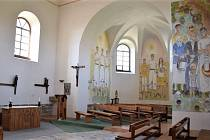 Interiér kostela sv. Jana a Pavla v Mistrovicích
