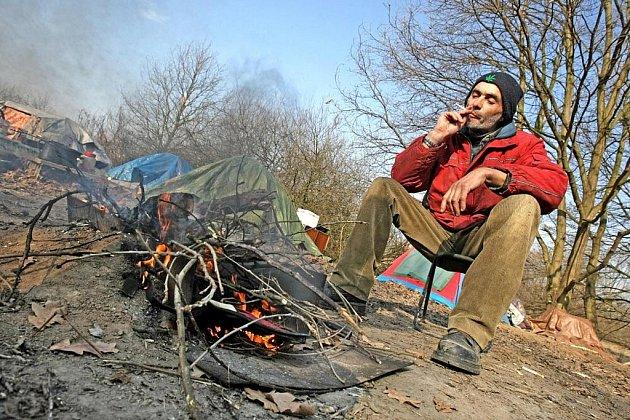 Lidem bez domova se v těchto dnech kvůli mrazu nežije příliš lehce.