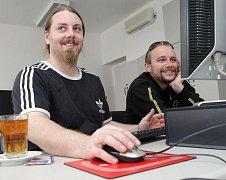 On-line rozhovor s kapelou Divokej Bill ve čtvrtek 11. března 2010 v  Hradeckém 7416f9f62a0